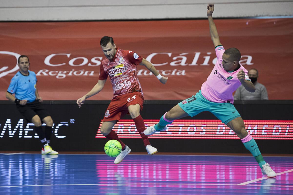 Victoria a domicilio del Barça en Murcia mientras Palma Futsal encabeza la tabla tras su victoira en Valencia